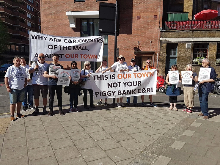 Luton and Walthamstow join forces to protest at Capital & Regional AGM